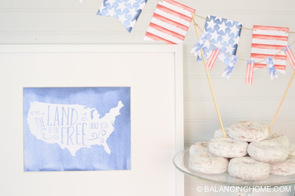 Cookies and fourth of July decor