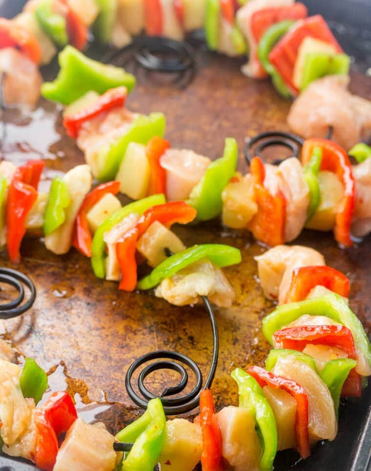 Best Ever Hawaiian Chicken Kebabs - Quick, tasty and perfect for summer grilling!