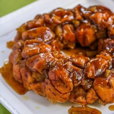 This Cinnamon Apple Monkey Bread is the perfect combination of fall flavors packed in a decadent breakfast!