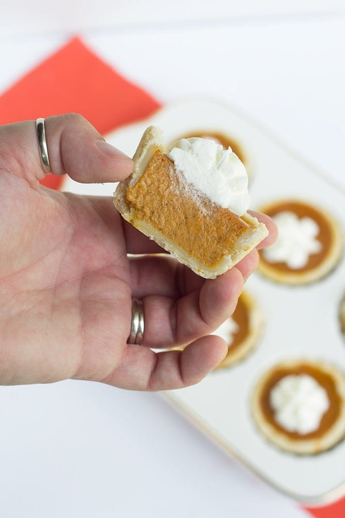 Mini maple pumpkin pies that are perfect for Fall! They have a hint of maple in every bite and a healthy dose of pumpkin spice! They are a perfect dessert!