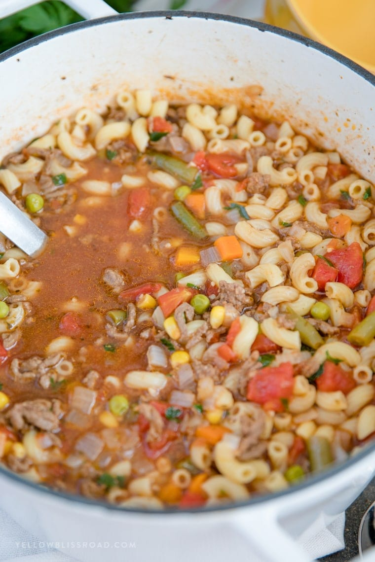 the best Beef & Tomato Macaroni Soup recipe