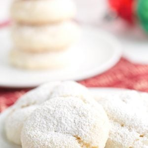 A close up of Snowball Cookies