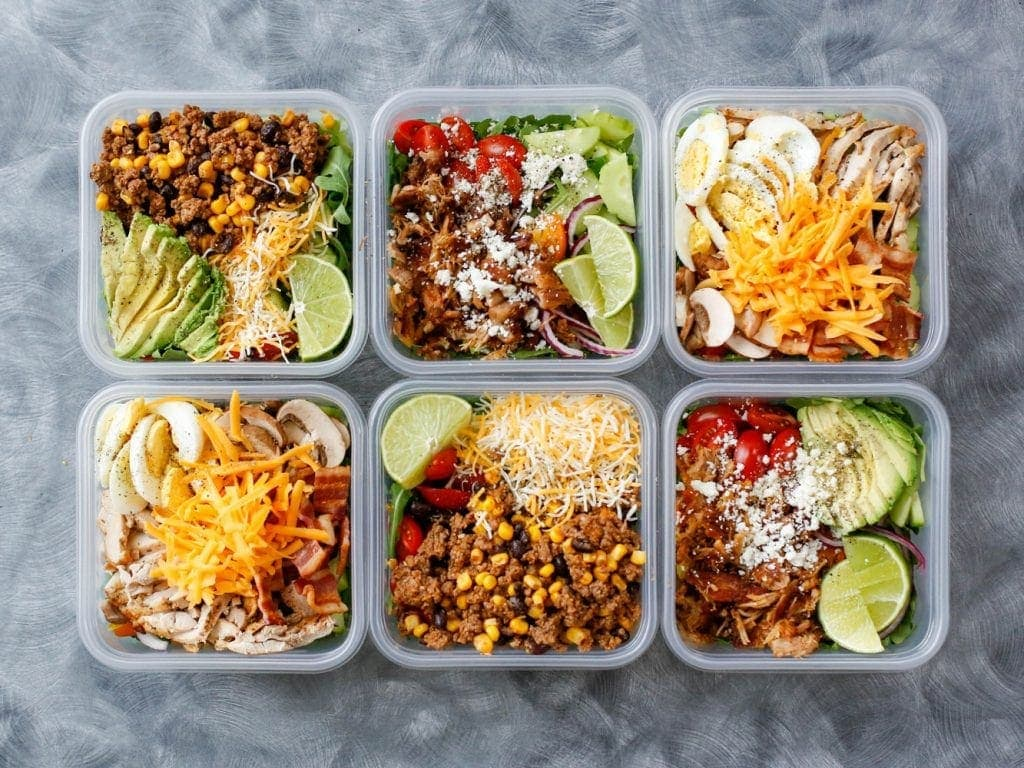 Six containers with lunches