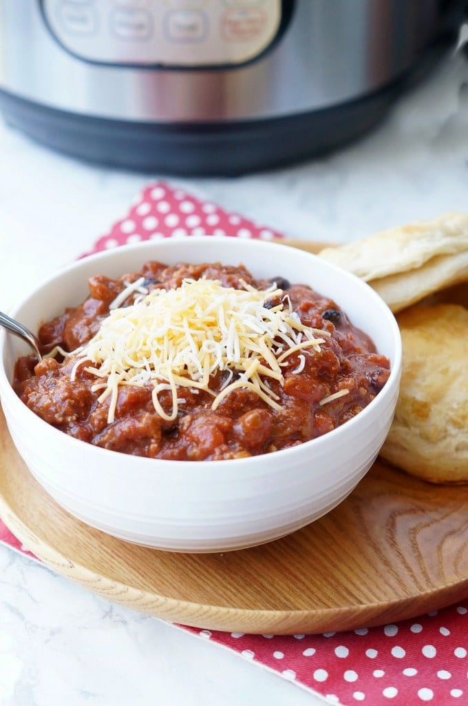 Instant Pot Chili - An easy chili recipe to make any night of the week!