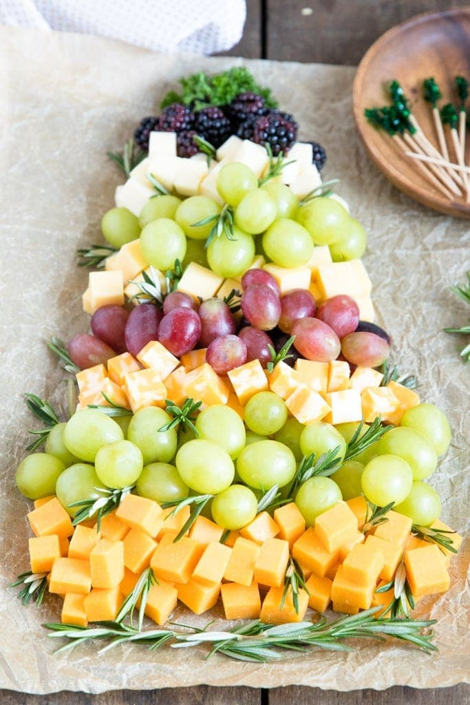 Christmas Tree Fruit.Christmas Tree Fruit Cheese Platter Yellowblissroad Com