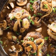 Easy Chopped Steaks with Gravy