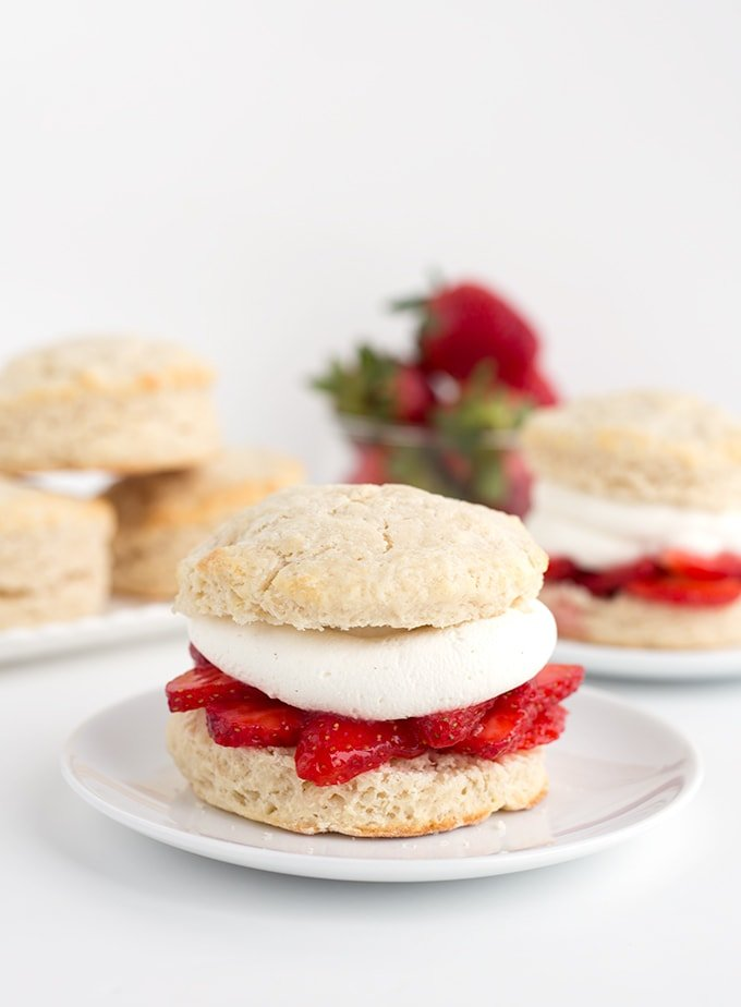 Assembling strawberry shortcakes