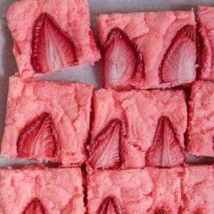Social media image of strawberry brownies