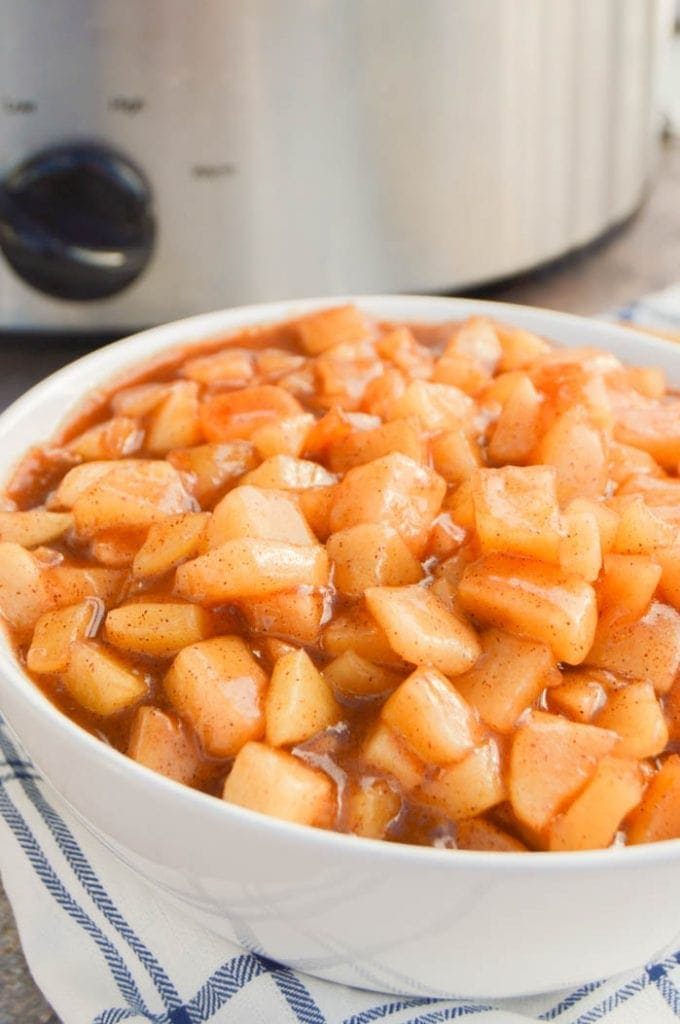 Slow Cooker Apple Pie Filling in a bowl