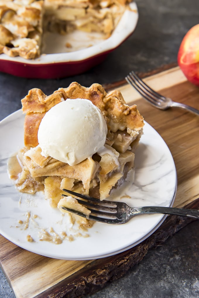 Classic Apple Pie slice topping with ice cream