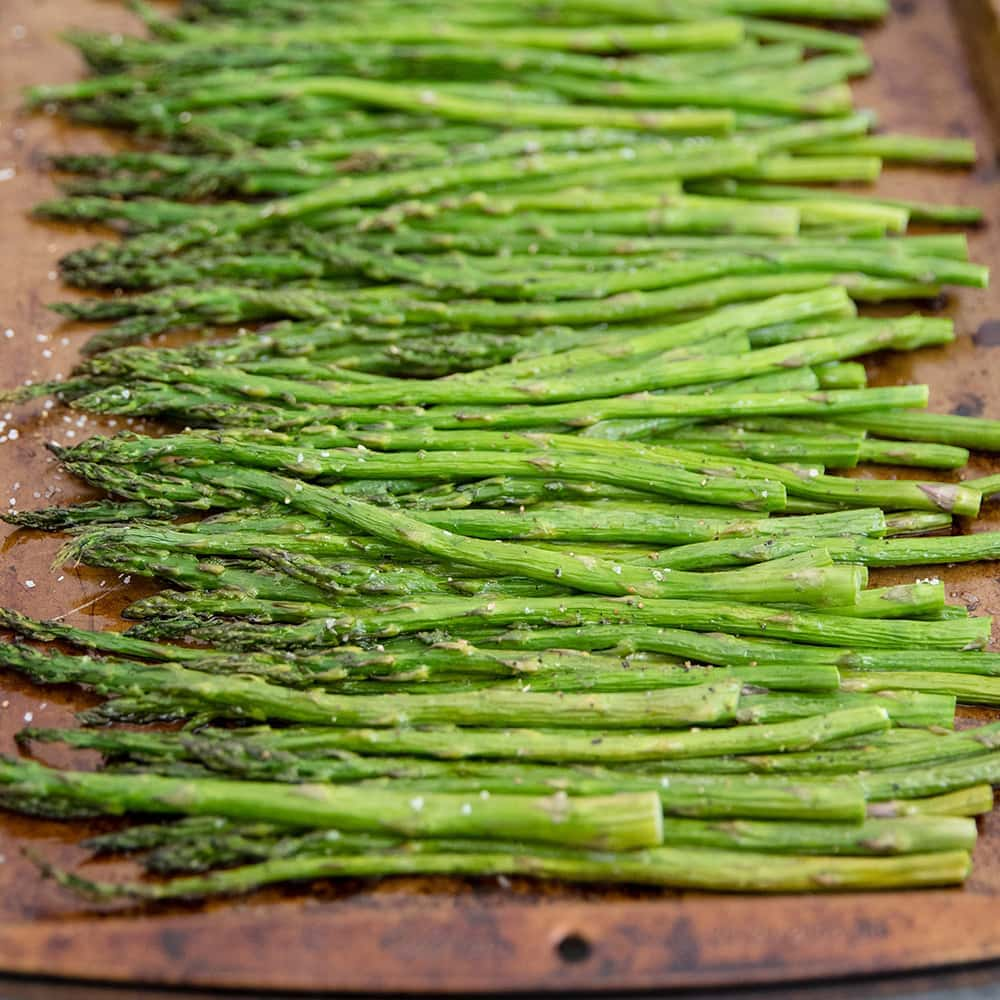 An Easy Healthy Side Dish: Easy Oven Roasted Asparagus