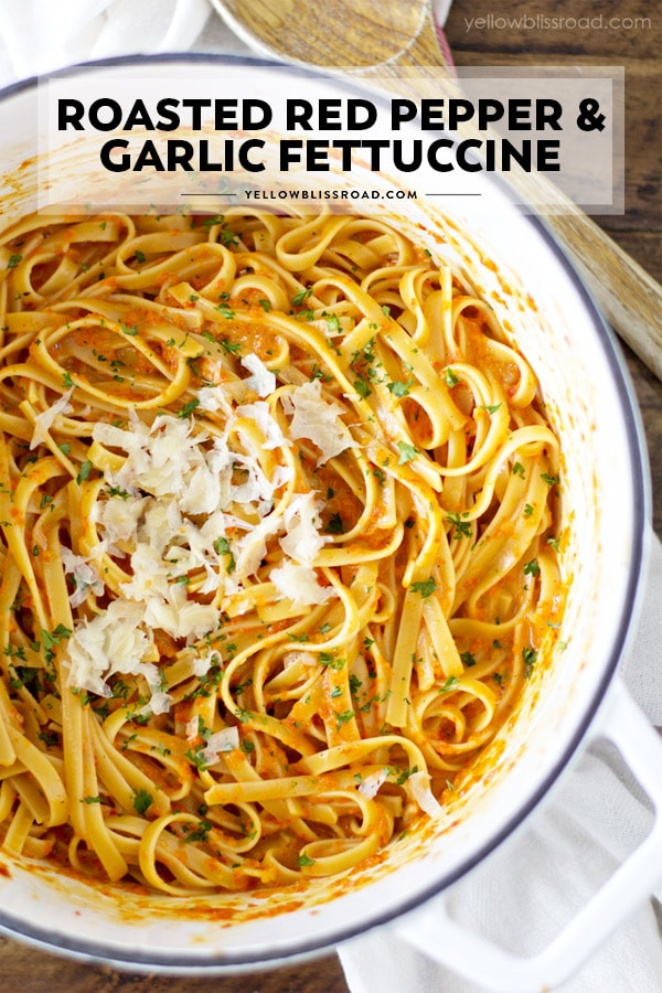 This Roasted Garlic and Red Pepper Fettuccine Alfredo pinnable image with text overlay