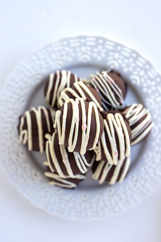 Peppermint Oreo Truffles on a white plate