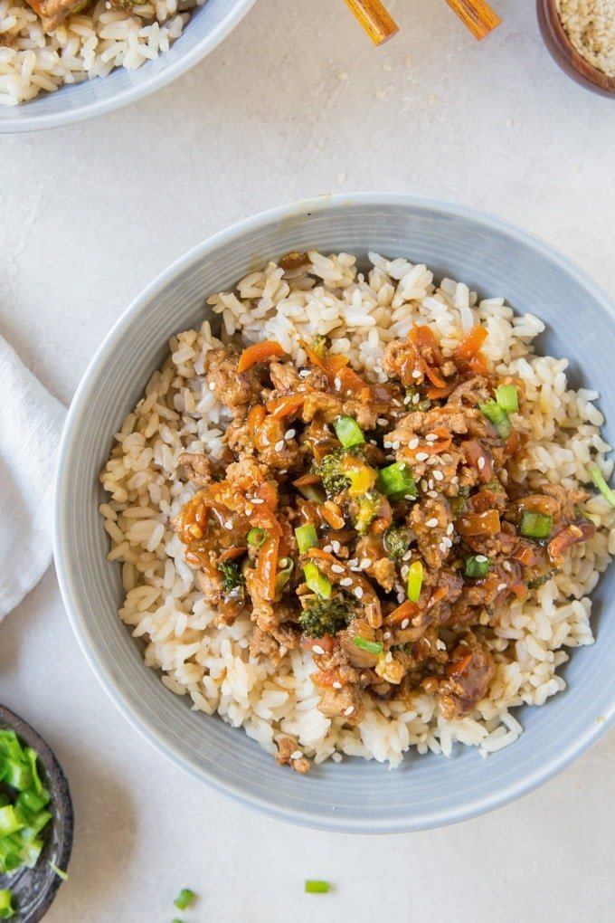Close up image of a teriyaki turkey rice bowl (ground turkey recipes)