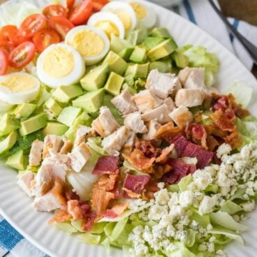 This easy to make Classic Cobb Salad is loaded with all the best salad toppings. Just add your dressing of choice and you have a fantastic lunch or lighter dinner option!