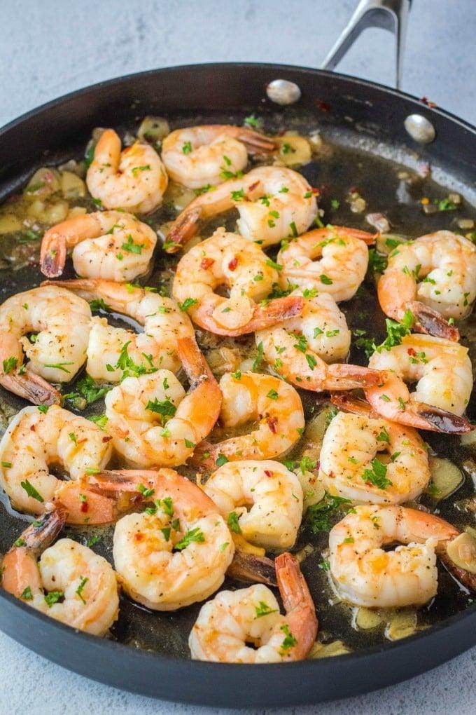 shrimp scampi in a skillet