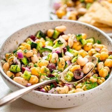 Greek bean salad featured image.