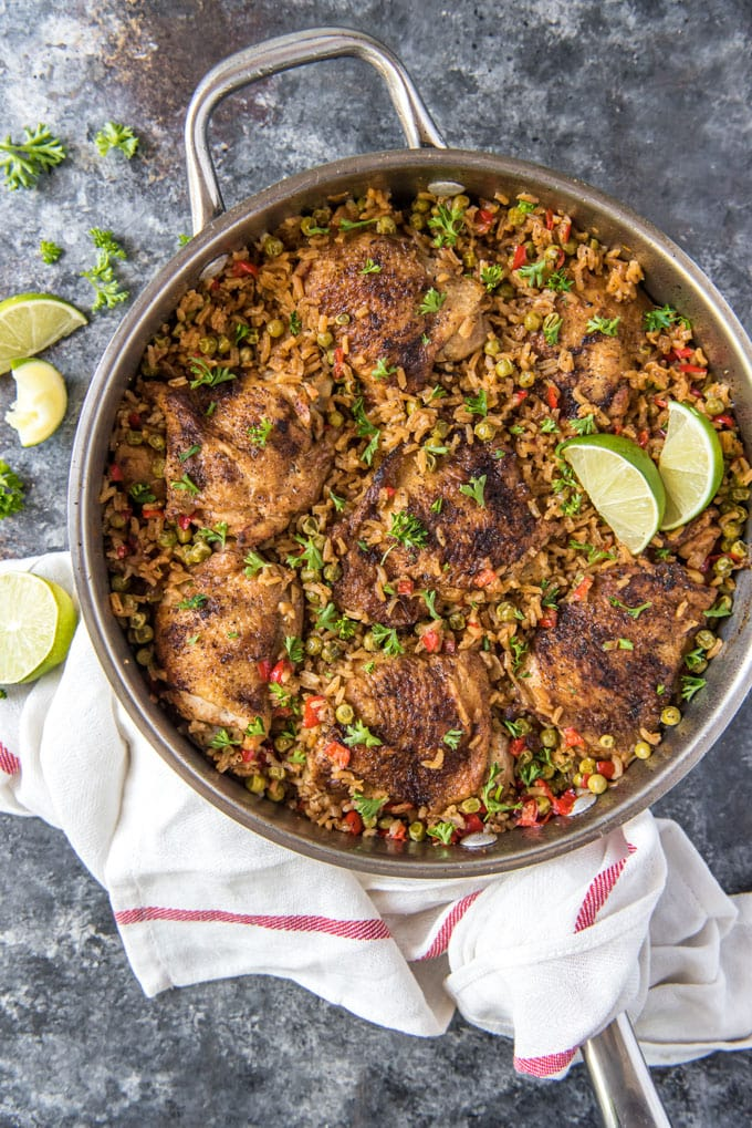 a skillet with finished arroz con pollo.