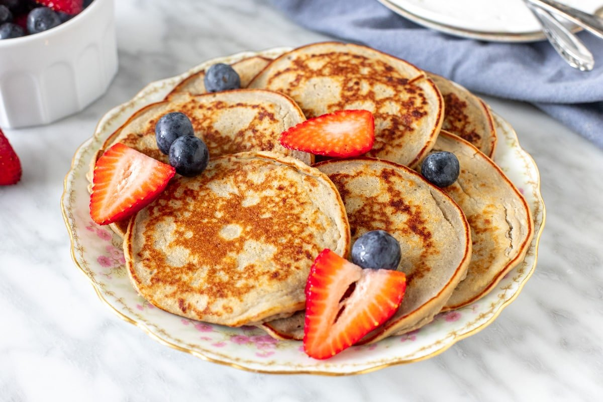 Plate of healthy pancakes with berries.